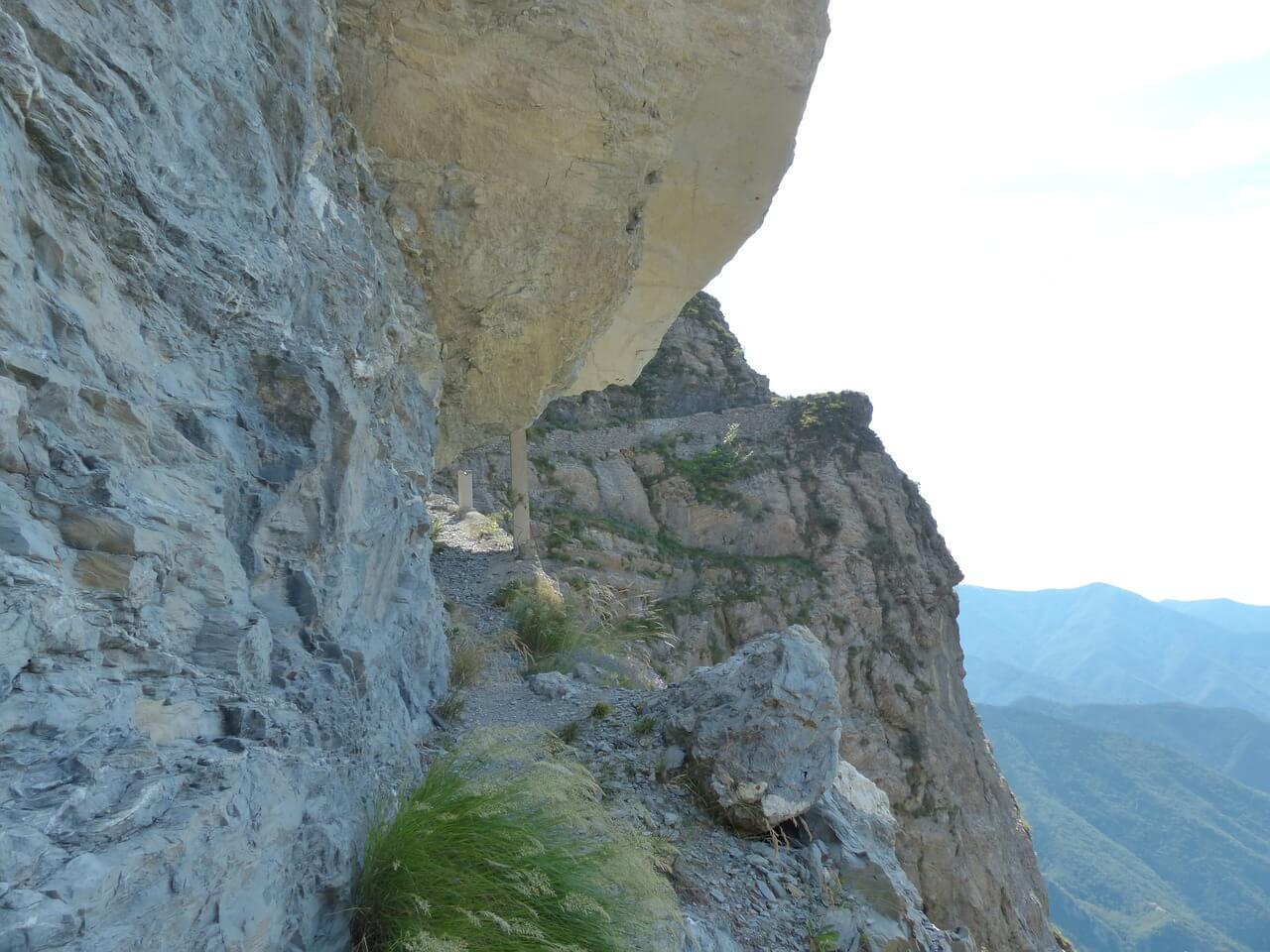 sentiero-degli-alpini-186197_1280
